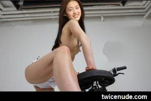 Go Ara (3) Naked Fake